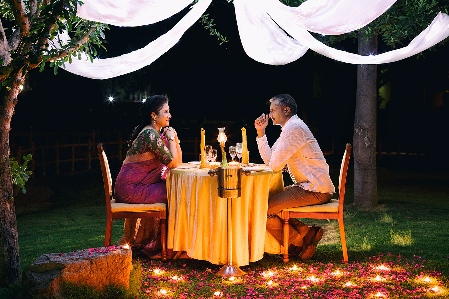 resort with candle light dinner